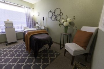 Internal Image of Natural Acne Clinic, Denver Colorado 2